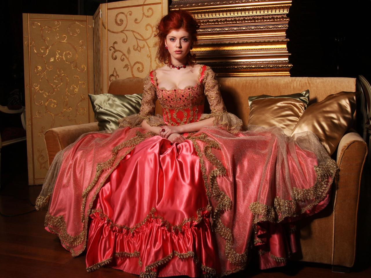 Платье 18 века с корсетом